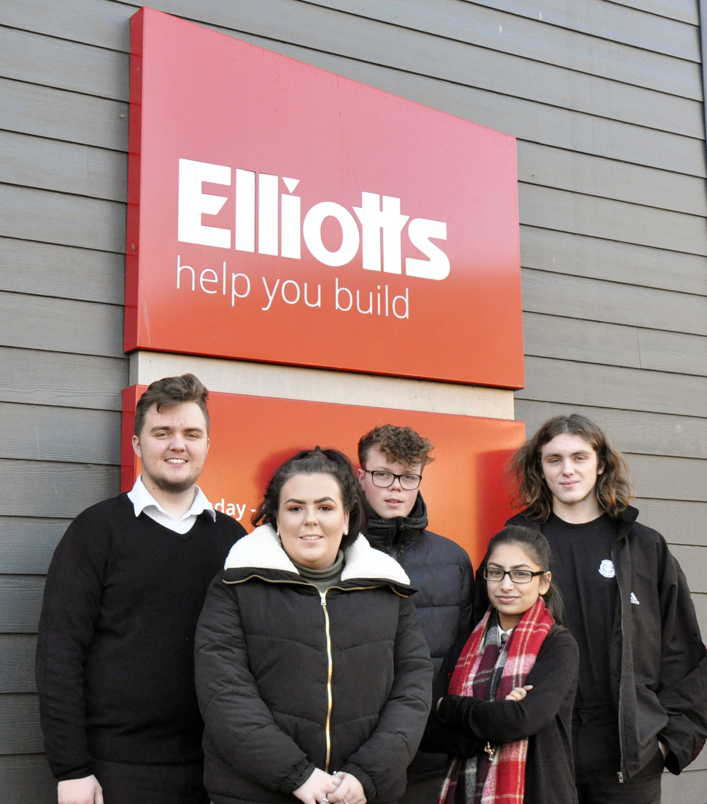5 of the 6 new apprentices, from left to right Jack Arnold – Ringwood & Fordingbridge, Mollie Oram – Tadley, Jack Bailey – Southampton, Karamjit Potiwal – Southampton Sales Hub and Calum Budge